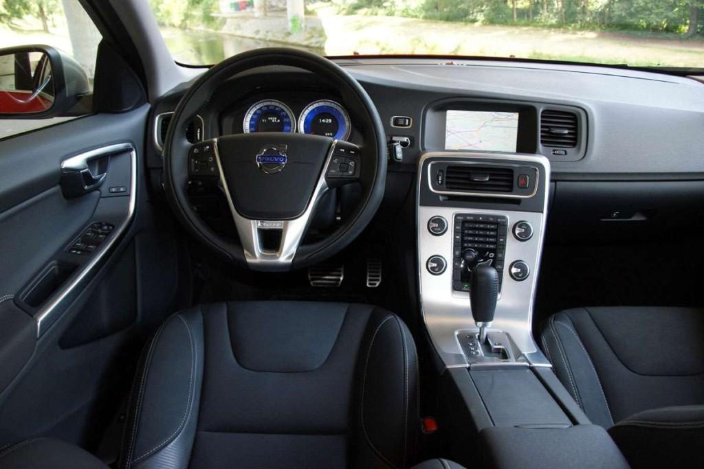 Volvo-V60-R-Design